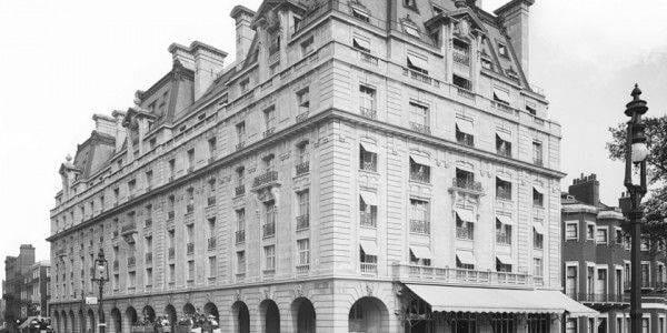 ritz façade historique